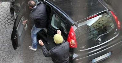 napoli-contro-parcheggiatori-abusivi